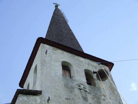 Martna kirikutorn sai uue kella