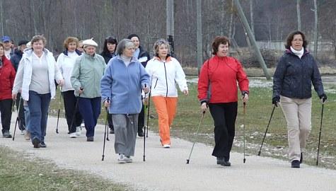 30 minutit kõndi iga päev peletab stressi ja teeb südame tugevaks.