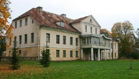 Vatla mõisa härrastemajas asub Läänemaa väikseim, Vatla põhikool Hanila vallas. Foto: http://hanila.kovtp.ee