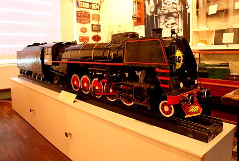 Raudteemuuseum demonstreerib laupäeval kl 18 külastajatele auruveduri mudelit. Foto: Arvo Tarmula
