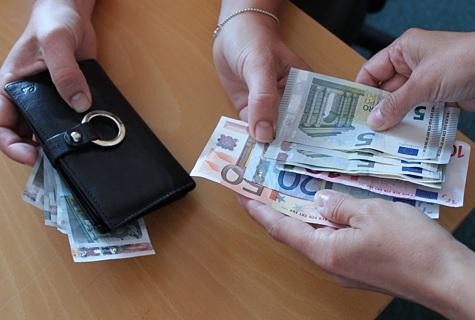 Foto: Katrin Pärnpuu Poemüüjaid petetakse sularahaga
