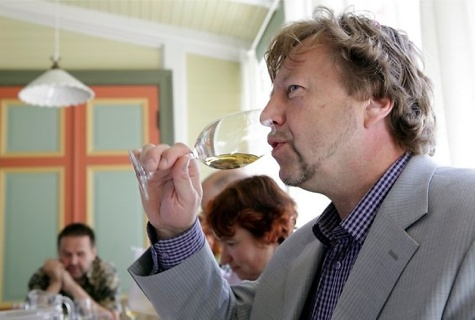 Parim koduvein selgub taas Haapsalu veinipäevadel. Foto: Sven Arbet / Maaleht