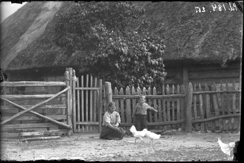 ERM Fk 184:25 Karuse khk, plankaed. Foto: Friedrich Kohtitsky, 1912