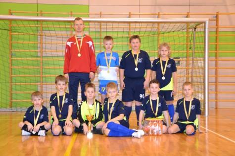 Läänemaa jalgpalliklubi poisid, treener Mart Pulst. Foto: Elen Kuli