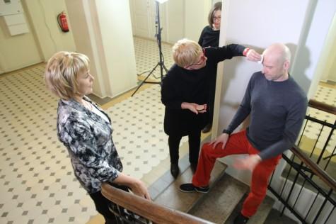 Leidi Schmidt ja Kaido Ole  vestlevad kultuurisaates kunstist avalikus ruumis. Foto Urmas Lauri