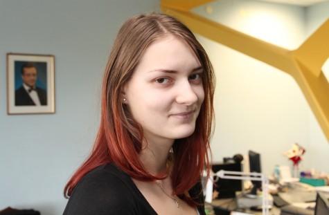 Läänemaa ühisgümnaasiumi õpilane Elena Koit oli parim muinasjuturääkija. Foto: Urmas Lauri