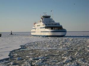 Esimene uus Leedo laev Muhumaa saabus Rohukülla 12. märtsil 2010. Foto: Urmas Lauri