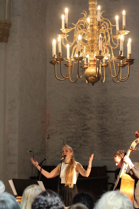 Kadri Voorand Trio (1280x853) (4)