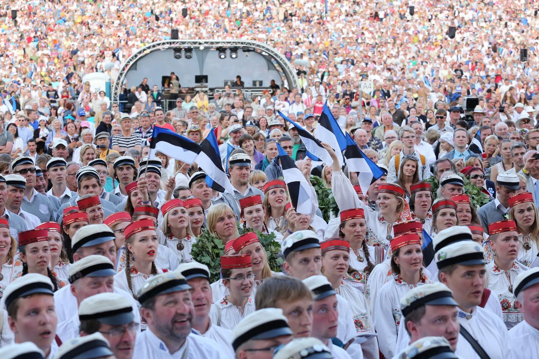 """Laulu- ja tantsupidu """"Minu arm"""" saab Rootsi turul vaadata suurelt ekraanilt"""