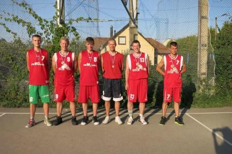 Nice One meeskond: Jürgen Jupits, Peep Tammistu, Sandor Matteus, Erko Sepp, Peedu Tammistu, Silver Tuisk. Triin tammistu