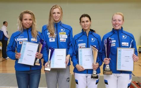 Eesti karikavõistluste naiste epee neli paremat, vasakult Erika Kirpu, Katrina Lehis, Irina Embrich ja Nelli Paju