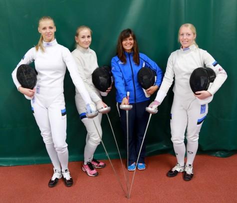 Katrina Lehis (vasakult), Kristina Kuusk, Helen Nelis-Naukas ja Nelli Paju. Foto  Arvo Tarmula