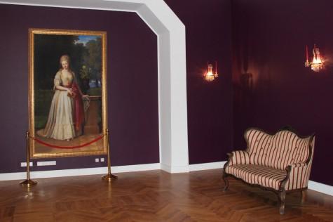 Katariina II poolt Koluvere lossi pagendatud Württembergi printsessi Auguste Karoline pilt lossi saalis
