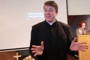 Peapiiskop Urmas Viilma foto arvo tarmula (10)