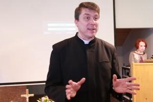 Peapiiskop Urmas Viilma foto arvo tarmula (11)
