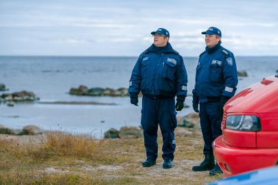 Kajakisõitja otsing Nõval ja Põõsaspeal Kiur Klipperg, Tarmo Tomson. Eduard Laur