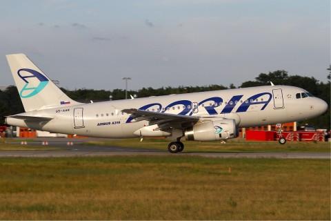 Adria_Airways_Airbus_A319_KvW