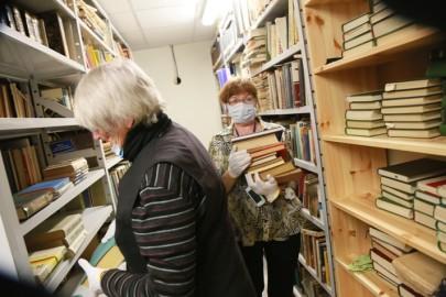 Vabatahtlikud raamatukogus09. Tarmula