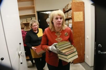 Vabatahtlikud raamatukogus12. Tarmula