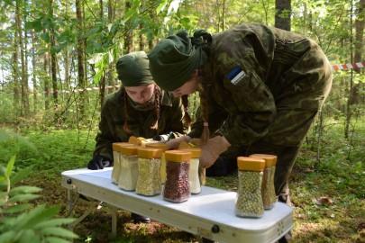 Ernake, Karmen Murumets ja Liisa Raavel kontrollpunktis, Heli Esko pilt (2)