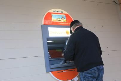 risti pangaautomaat. arvo tarmula