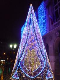 Pariisi 13.linnaosa linnavalitsuse jõulupuu