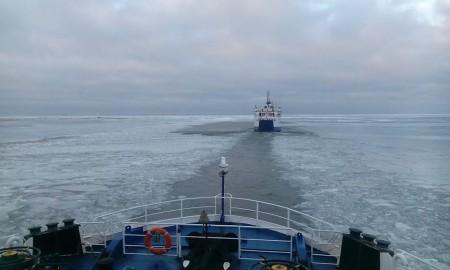 parvlaevad jäävangis (Arno Kuusk)