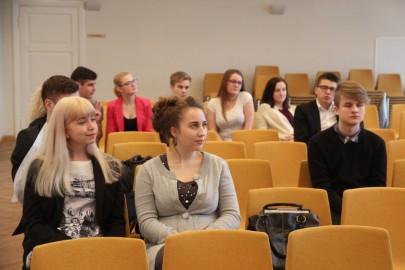 Kõnevõistlus ühisgümnaasiumis 013