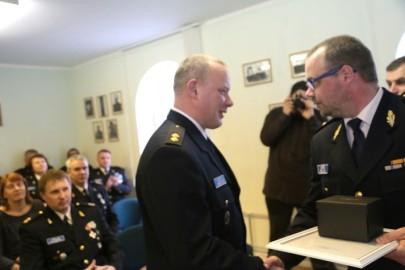 Politsei teenetemärgid (09). Viispert. Tarmula