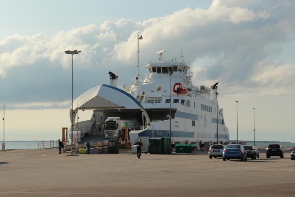 Parvlaev Hiiumaa