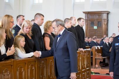 Piirivalvurite matusetseremoonia Kaarli kirukus 8peeter langovits) (14)