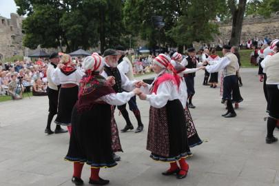 eestirootsi tantsupidu tarmula 15