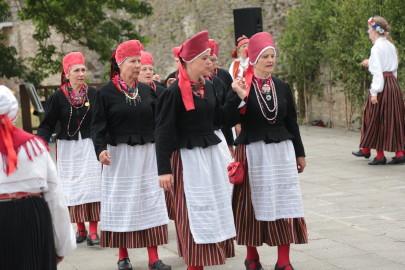 eestirootsi tantsupidu tarmula 18