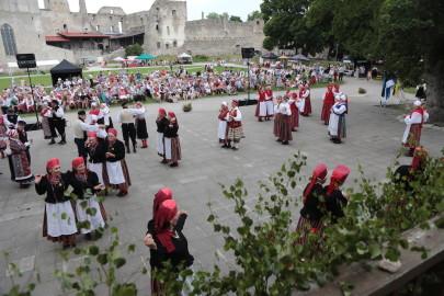eestirootsi tantsupidu tarmula 19