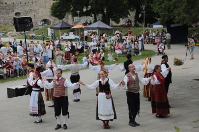 eestirootsi tantsupidu tarmula 35