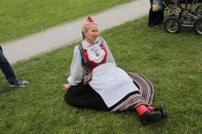 eestirootsi tantsupidu tarmula 38