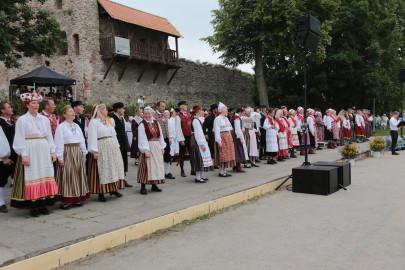 eestirootsi tantsupidu tarmula 39