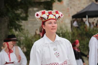 eestirootsi tantsupidu tarmula 40
