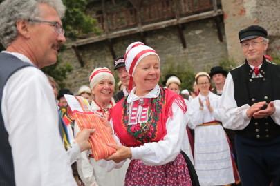 eestirootsi tantsupidu tarmula 42