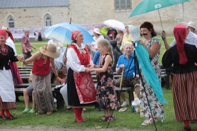 eestirootsi tantsupidu tarmula 50