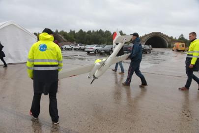 Hanko droon maandus Kiltsi lennuväljal Arvo Tarmula22