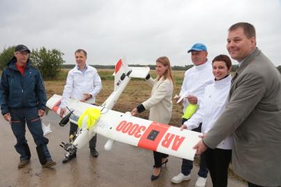 Hanko droon maandus Kiltsi lennuväljal Arvo Tarmula35