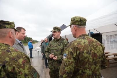 Hanko droon maandus Kiltsi lennuväljal Arvo Tarmula56
