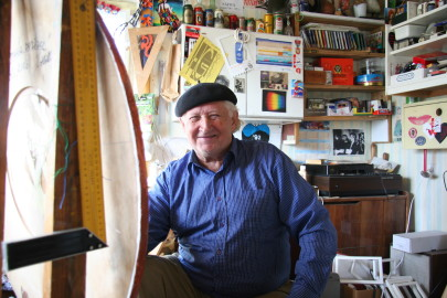 Hillar Tatar oma ateljees Foto: Arvo Tarmula