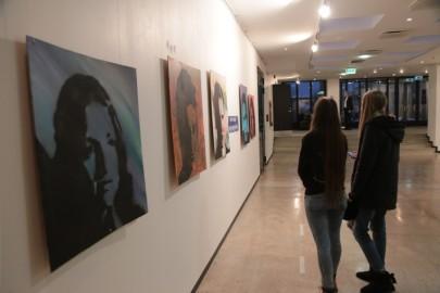 LÜGi Warholi näitus. Tarmula07