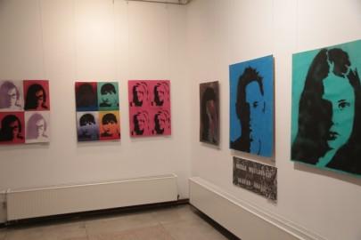 LÜGi Warholi näitus. Tarmula10