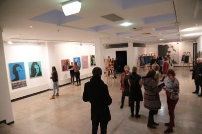 LÜGi Warholi näitus. Tarmula14