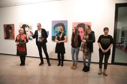 LÜGi Warholi näitus. Tarmula19