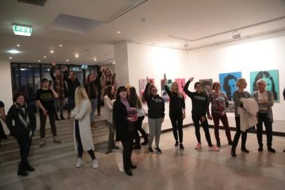 LÜGi Warholi näitus. Tarmula30