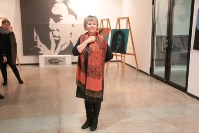 LÜGi Warholi näitus. Tarmula32